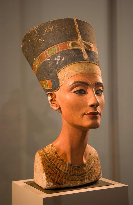 Busto de Nefertiti_02